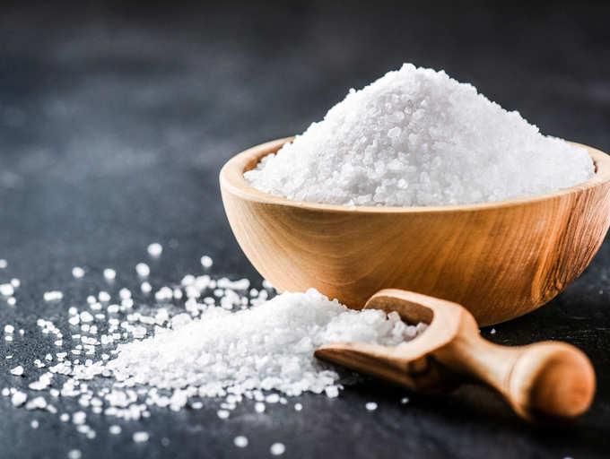 વધારે જ નહીં, ઓછું મીઠું ખાવાથી પણ આ રોગોનો શિકાર બની શકો છો, બચીને રહો
